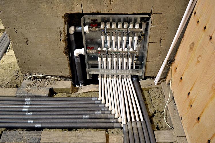 Полипропиленовые трубы в сборе системы отопления