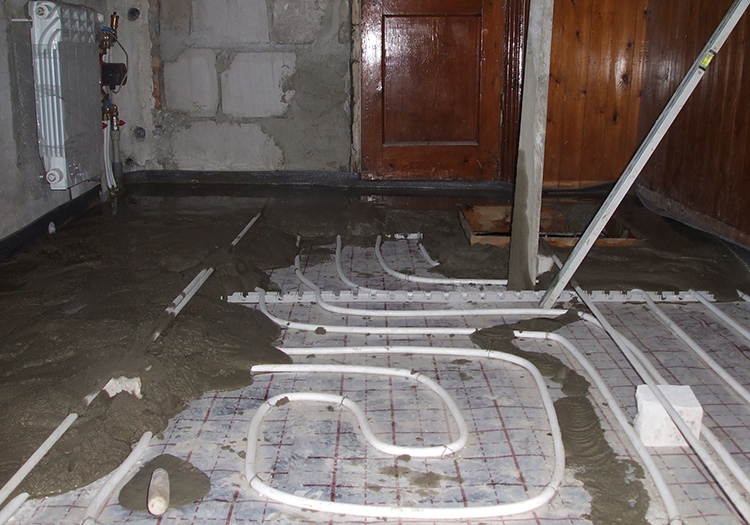 Заливка труб бетоном