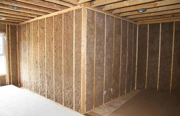 Утепленные стены внутри дома