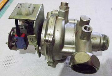 трехходовой кран-клапан