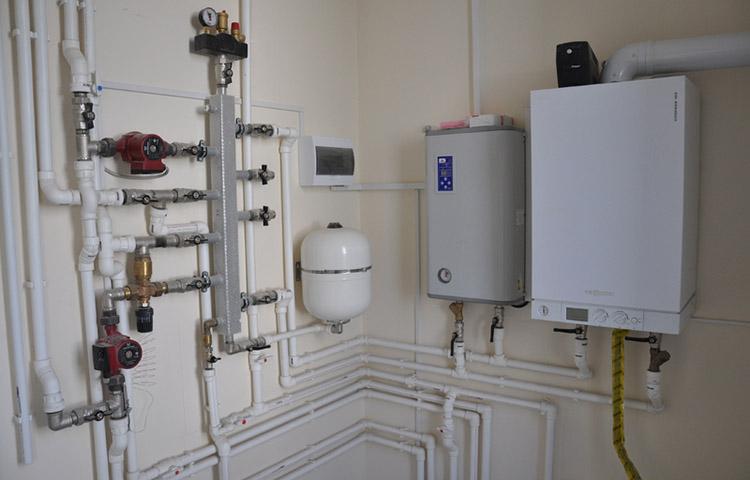 Электрический котел отопления после сборки