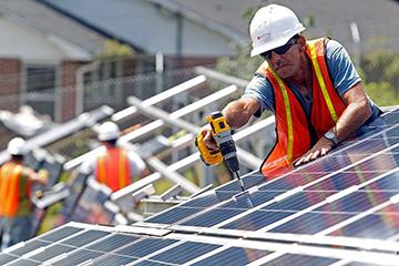 Монтаж солнечных батарей